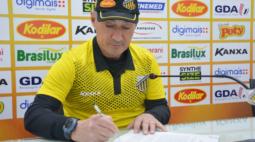Novorizontino renova com o técnico Roberto Fonseca para mais um Paulistão
