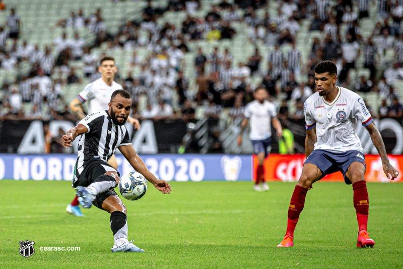 Ceará e Bahia fazem primeiro embate pelo título da Copa do Nordeste