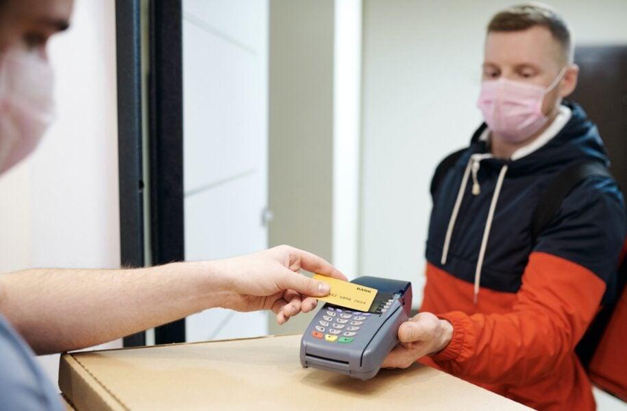 Pandemia causa queda na inclusão de consumidores inadimplentes