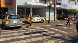 Suspeito rende vigilante e faz refém em agência bancária de Campo Mourão