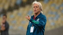 Benfica manda agente ao Brasil para tentar contratação de Jorge Jesus