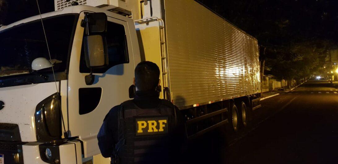 Caminhão clonado com chassi do Exército é apreendido em Marialva