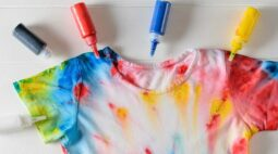 Como fazer tie dye | Aprenda a aplicação da técnica em roupas