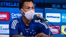 """Claudinho celebra chegada no Cruzeiro: """"Estou realizando um sonho de criança"""""""