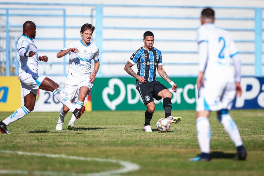 Grêmio fica no empate sem gols com o Novo Hamburgo e confirma liderança do Grupo B