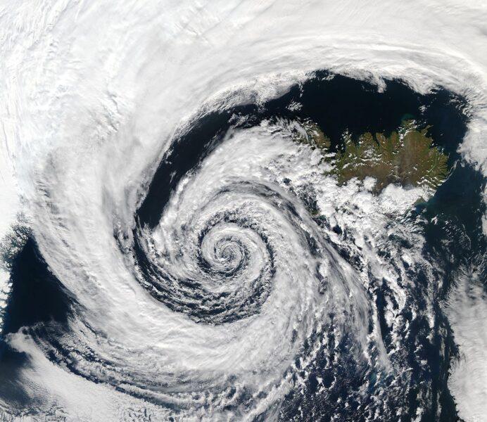 Conheça o que é o ciclone extratropical que promete chegar ao sul do país