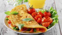 Receita de omelete recheado simples e fácil