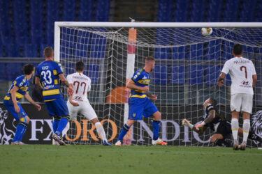 Inter de Milão empata e pode perder chance de título; Roma goleia