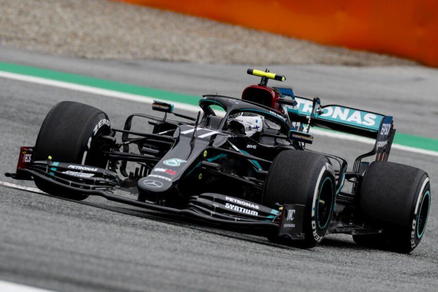 Valtteri it's pole! Bottas faz melhor tempo e largará em primeiro na volta da F1