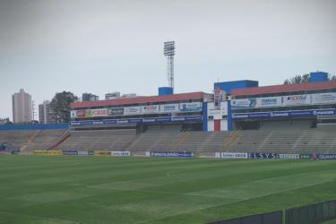Paraná x Londrina: onde assistir, escalações e arbitragem da partida