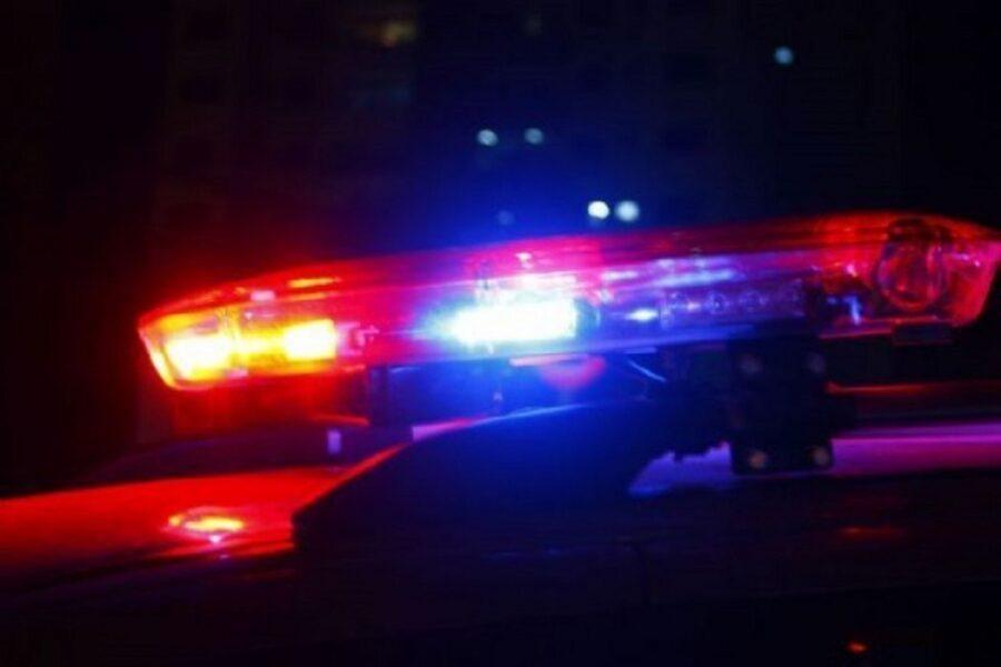 Acidente entre caminhão e carro deixa três feridos na BR-376