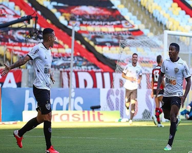 Com gol contra, Flamengo decepciona e perde para o Atlético-MG no Maracanã
