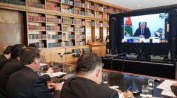 Bolsonaro participa de videoconferência para angariar doações a Beirute