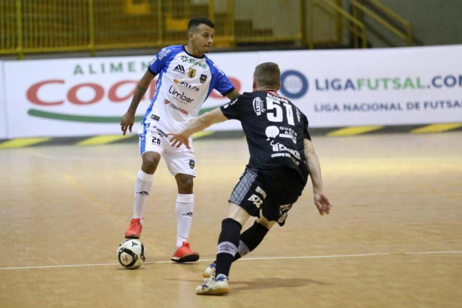 De virada, Pato Futsal vence o Campo Mourão na estreia da LNF 2020