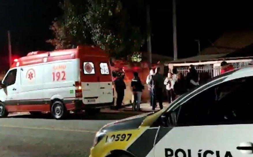 Casal é baleado dentro de casa em Araucária; mulher não resiste