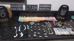 Casal suspeito de tráfico é preso por Guarda Municipal de Londrina