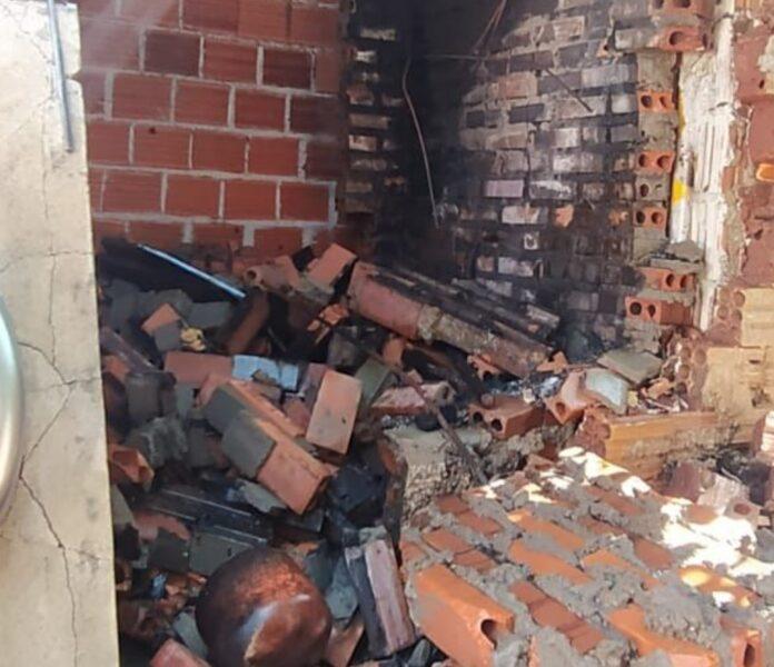 Churrasqueira explode após ser acesa por homem em Nova Londrina
