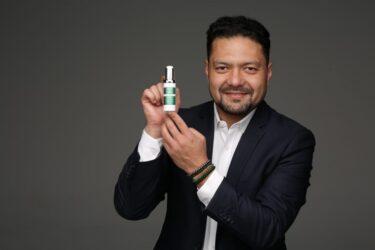 CEO da BelClinic é destaque em Congresso Nacional de Maquiagem Online