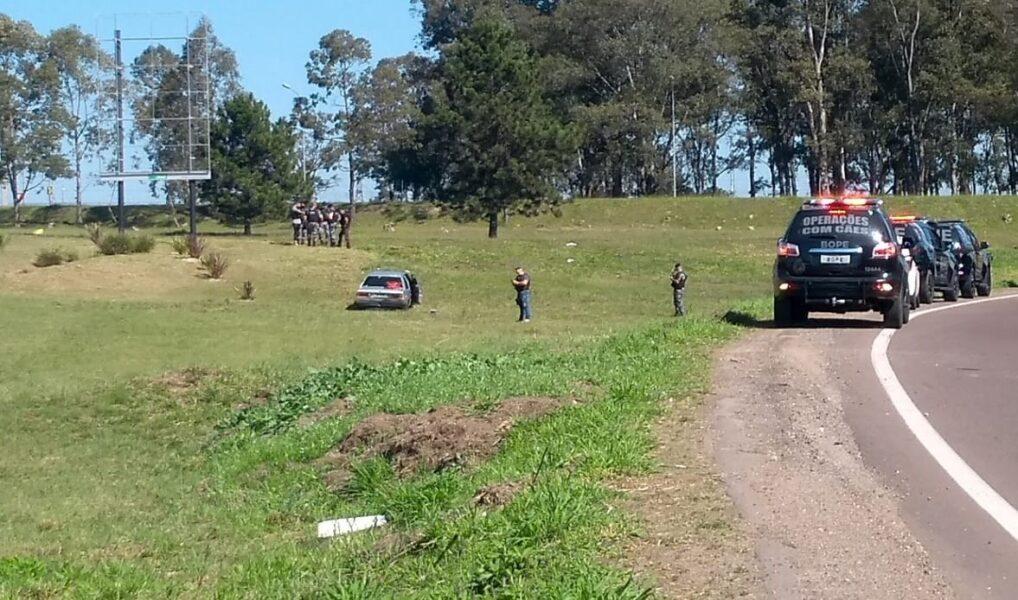 Perseguição e confronto na Linha Verde termina com três suspeitos mortos