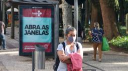 Prefeitura de Curitiba prorroga medidas restritivas contra covid-19