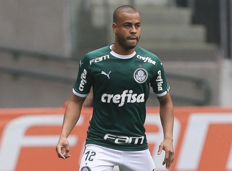 Sem Marcos Rocha, Mayke deve disputar terceira partida como titular na temporada