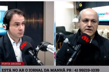 Fruet faz autocrítica e quer comparar sua gestão com Greca para voltar a prefeitura