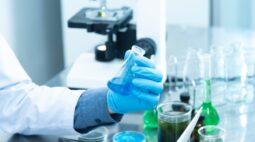 J&J anuncia contrato com os EUA para fornecer 100 milhões de doses da vacina investigacional para COVID-19