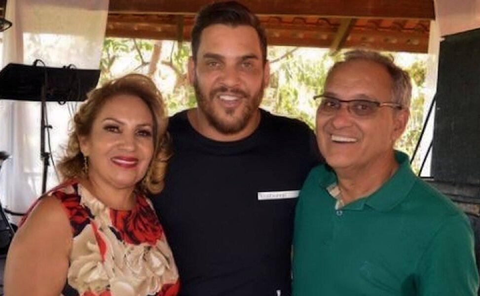Com coronavírus, mãe do cantor Cauan tem piora nos pulmões