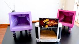 Exposição incentiva a transformação de materiais recicláveis em arte