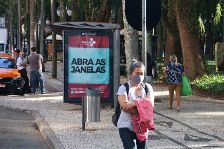 Curitiba volta para a bandeira amarela, mas com restrições