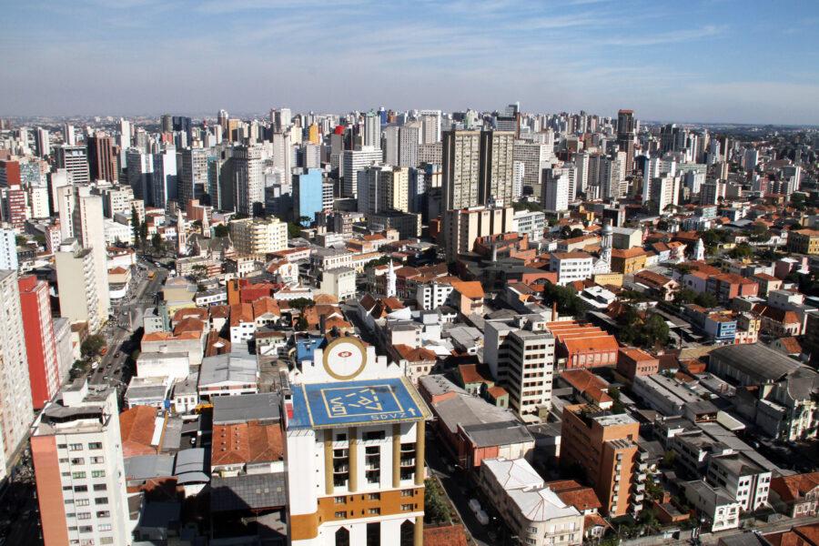 Brasil passa de 211,7 milhões de habitantes; Paraná é o quinto mais populoso