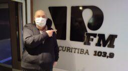 """Pré-candidato a reeleição, Rafael Greca defende gestão """"Não está faltando nada aos curitibanos"""""""