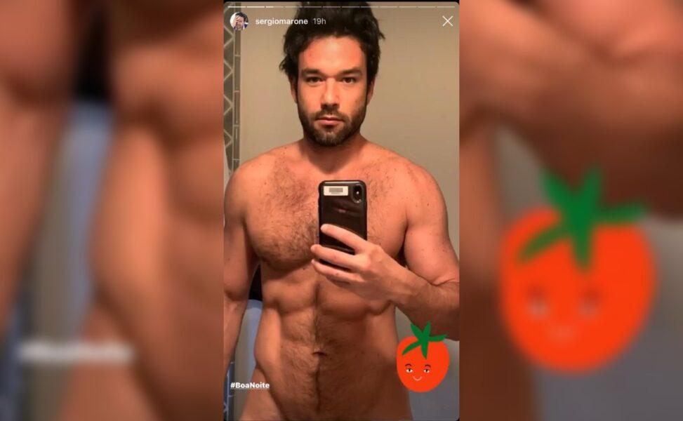 Sergio Marone posta foto nu e abdômen trincado repercute na internet