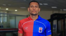 Paraná Clube anuncia a contratação do meia Higor Meritão
