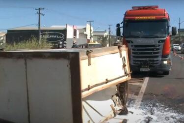 Três veículos se envolvem em acidente na BR 369, entre Londrina e Ibiporã