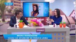 Bruna Marquezine causa ao aparecer de biquíni caríssimo e peruca loira