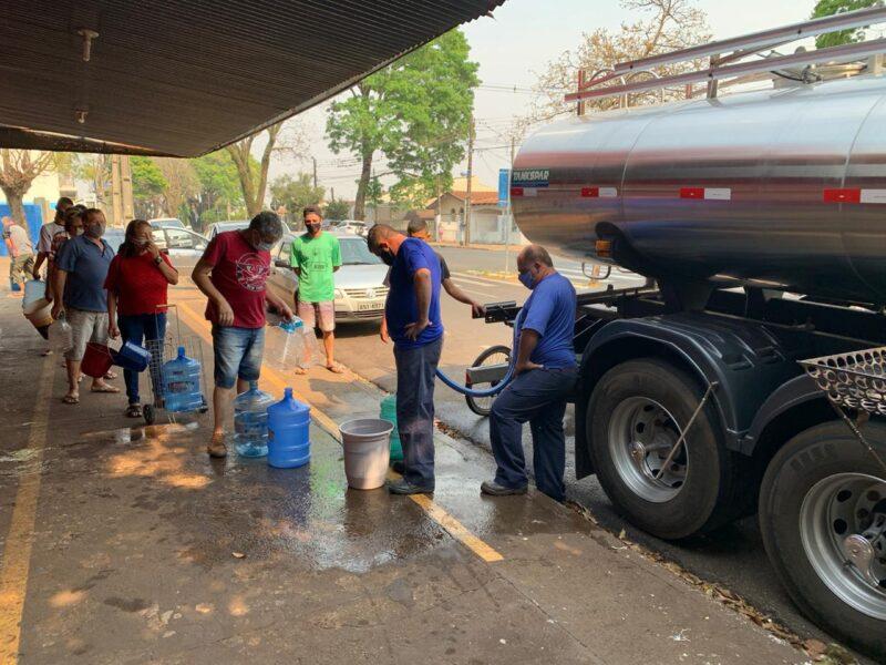 Sanepar prevê que abastecimento de água volte ao normal em Maringá no período da tarde