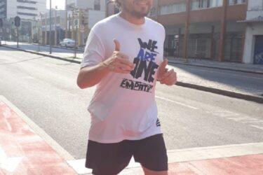 Jornalista realiza maratona solitária para arrecadar cestas básicas para doação
