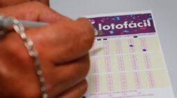 Aposta feita em Maringá acerta os 15 números da Lotofácil e fatura quase R$ 1 milhão