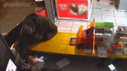 Assaltantes invadem distribuidora, atiram em cliente e fogem após perseguição da PM