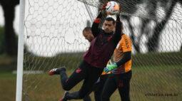 Peñarol e Athletico: onde assistir, escalações e arbitragem