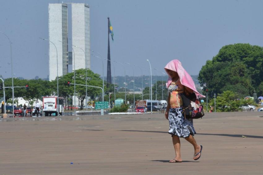 Onda de calor histórica: termômetros devem passar dos 45ºC nesta semana