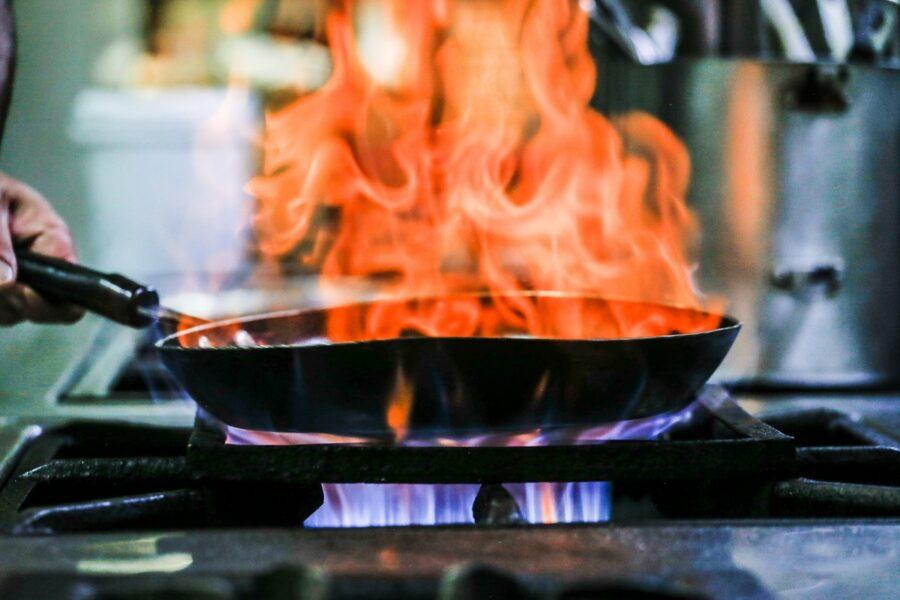 Compagas reduz tarifa de gás natural e auxilia bares e restaurantes em meio à pandemia
