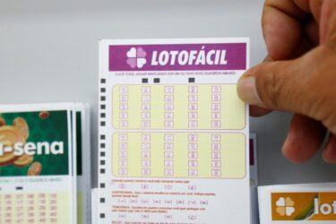 Concurso 2032 da LotoFácil vai sortear R$ 1,2 milhão em prêmios
