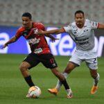 Athletico joga mal, mas conquista a classificação antecipada na Libertadores