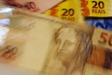 Primeira parcela da extensão do auxílio emergencial começa a ser paga nesta quarta-feira (29)