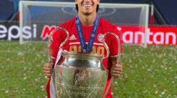 Bayern publica nota de agradecimento a Coutinho, que retorna ao Barcelona