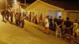 PM encerra festa clandestina com mais de 120 pessoas no interior do Paraná