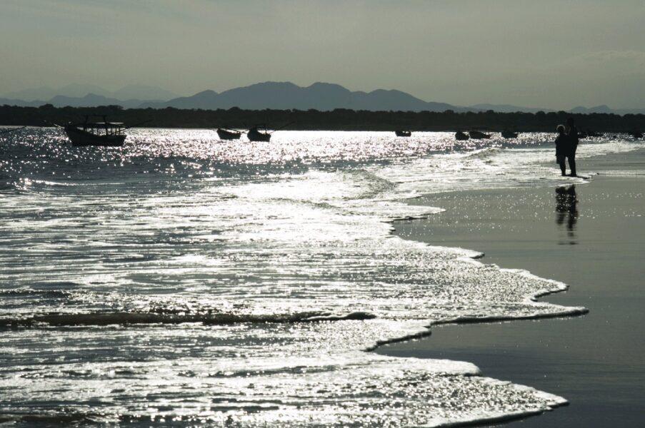 praias no paraná