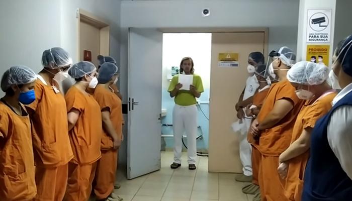 Paciente surpreende equipe de Hospital em Apucarana para agradecer tratamento que recebeu; veja o vídeo